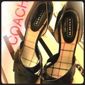 COACH💕 black GUC heels size 8